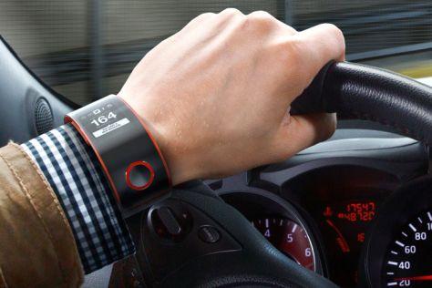 Nissan Nismo Smartwatch