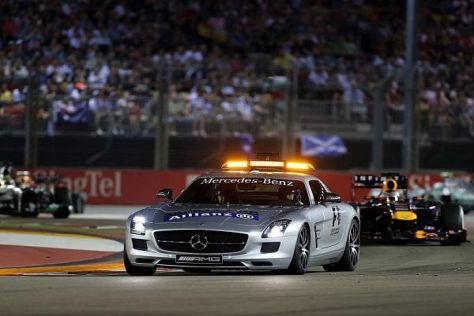 Das Safety-Car brachte Nico Rosberg nur kurz an Sebastian Vettel heran...