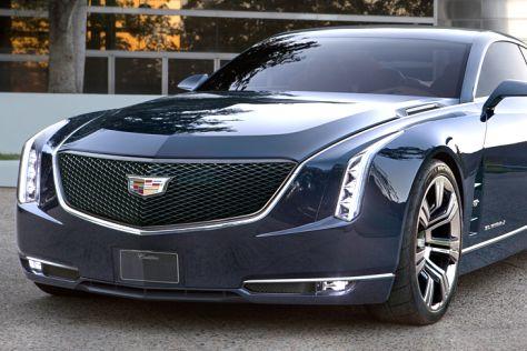 Cadillac LTS gegen Tesla Model S