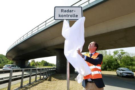 Radarwarnschilder in Hessen