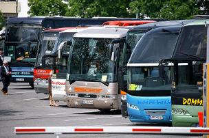 Busse sicherer als Lkw