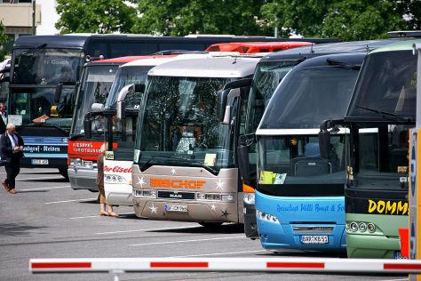 TÜV-Report 2013: Busse und Nutzfahrzeuge