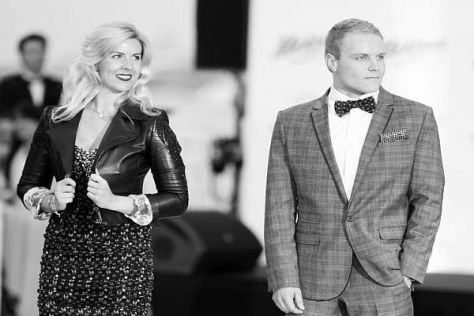 De Villota in Monaco an der Seite von Valtteri Bottas bei einer Modenschau