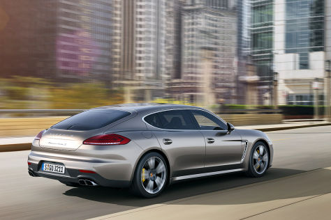Porsche Panamera Turbo S: Tokyo Motor Show 2013