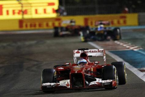 Geschüttelt, nicht gerührt: Fernando Alonso musste in Abu Dhabi einiges einstecken