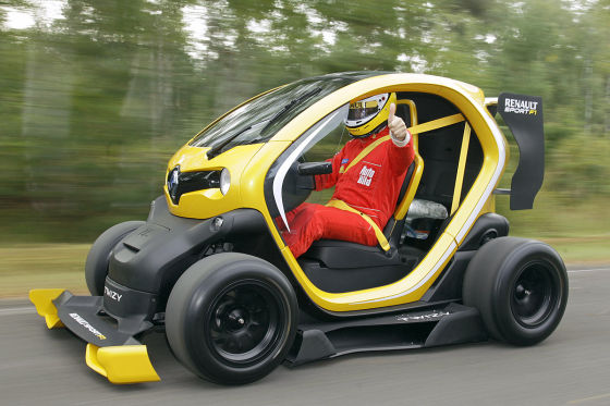 fahrbericht renault twizy f1. Black Bedroom Furniture Sets. Home Design Ideas