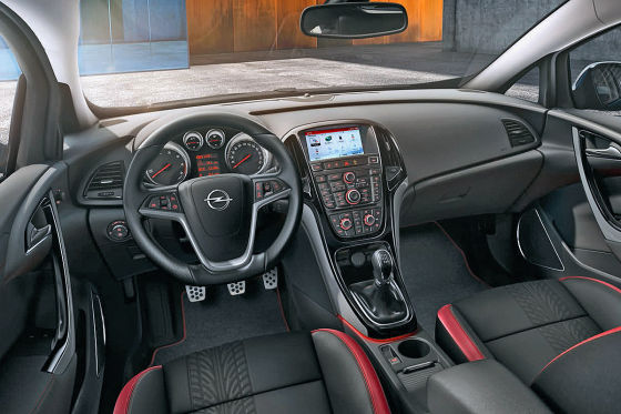 Opel Astra Cockpit