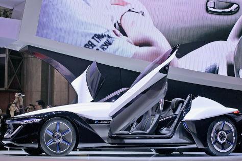 Nissan BladeGlider: Tokyo Motor Show 2013
