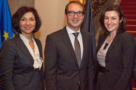 Verkehrsminister CSU Politiker Parlamentarische Staatssekretärinnen Katherina Reiche (l.) und Dorothee Bär Parlamentarischer Staatssekretär Enak Ferlemann