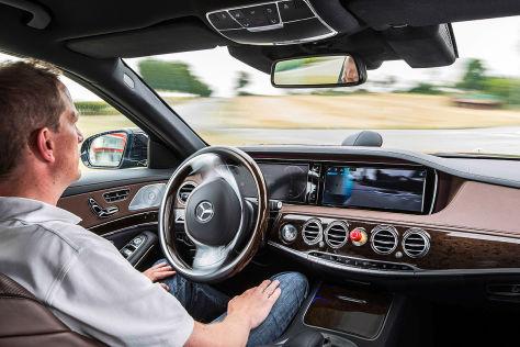 Autonome Fahrt in der Mercedes S-Klasse