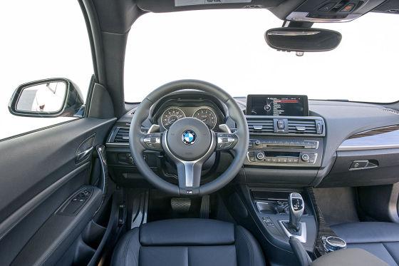 Cockpit BMW 2er