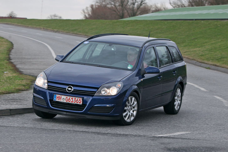 gebrauchtwagen test opel astra h caravan bilder. Black Bedroom Furniture Sets. Home Design Ideas