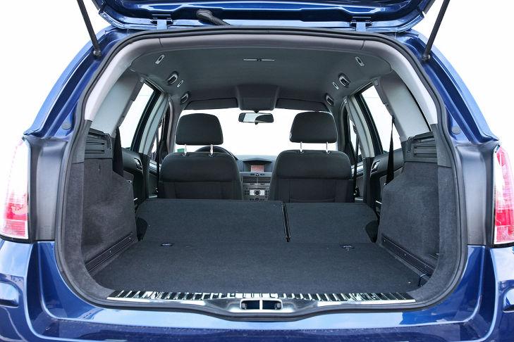 gebrauchtwagen test opel astra h caravan bilder. Black Bedroom Furniture Sets. Home Design Ideas