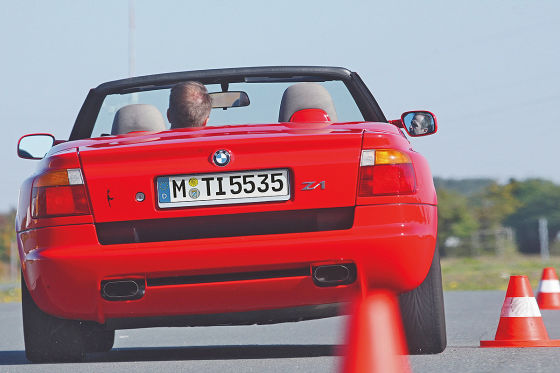 klassik test bmw z1 auto bild klassik. Black Bedroom Furniture Sets. Home Design Ideas