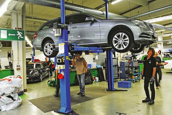 Mercedes E350 CDi, Dauertest, Fahrtbild