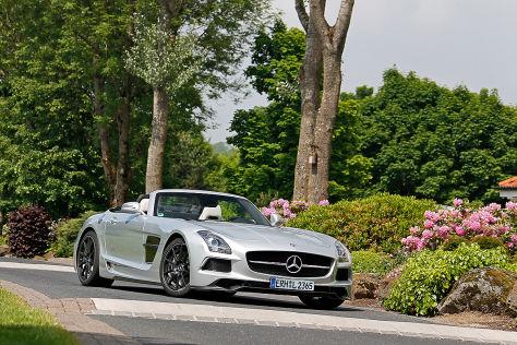 Mercedes SLS AMG Roadster silber Frontansicht