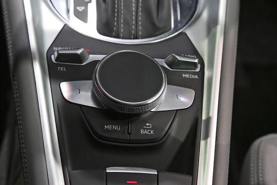 So sitzt es sich im Audi TT