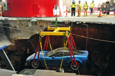 Teilerfolg bei Corvette-Bergung in Bowling Green