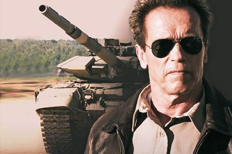 Charity-Verlosung: Im Panzer mit Arnie