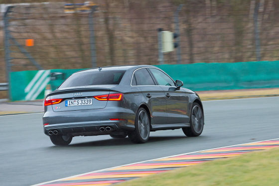 Audi S3 Limousine grau Heckansicht