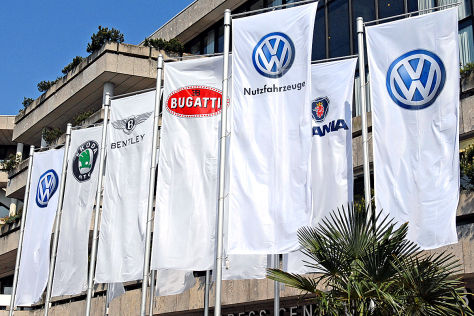 Fahnen der VW-Familie