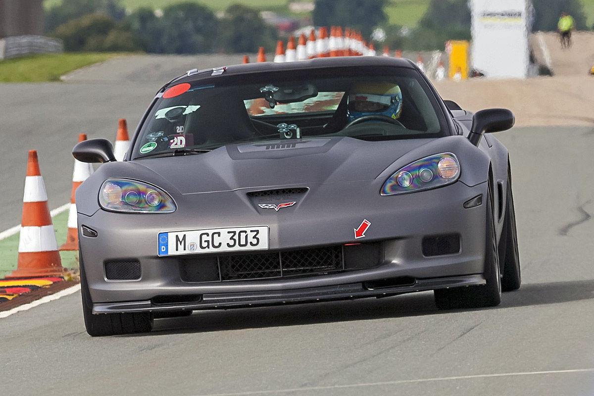 Geiger Corvette ZR1 (692 PS) silber Frontansicht