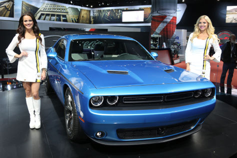 Hostessen: New York Auto Show 2014 und Peking Auto Show 2014