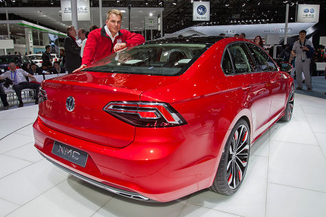 VW New Midsize Coupé: Sitzprobe