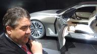 Wirtschaftsminister Gabriel: Peking Auto Show 2014