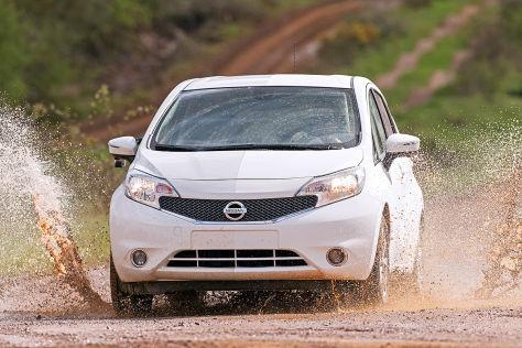 Nissan Note mit selbst reinigenden Lack