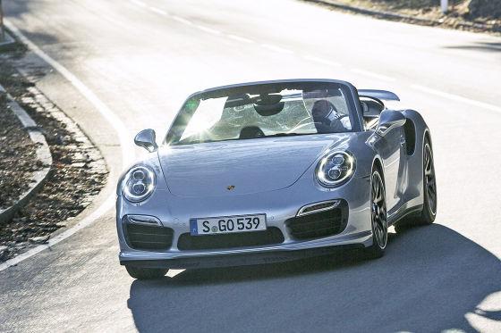 Porsche 911 Turbo S Cabrio silber Frontansicht