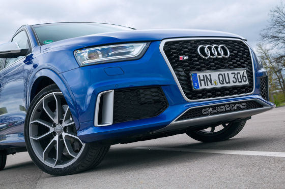 Audi RS Q3 blau Frontansicht