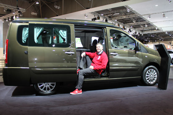 Peugeot Expert Patagonia Westfalia: Sitzprobe auf der AMI ...