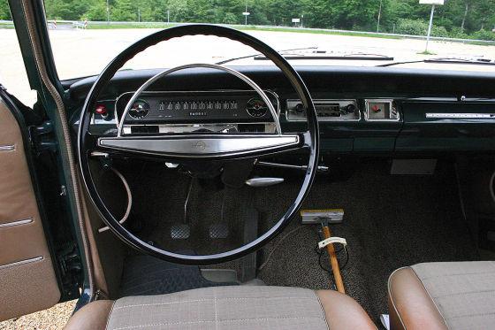 Cockpit Opel Rekord B Sepp Herberger