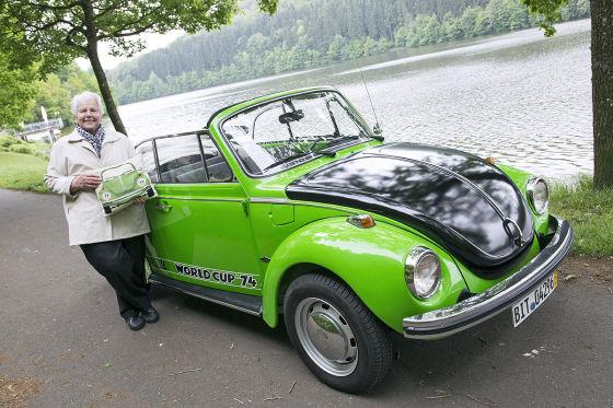 "VW Käfer Cabrio Sondermodell ""World Cup '74"""
