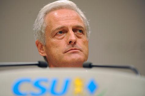 Pkw-Maut-Pläne von Verkehrsminister Dobrindt