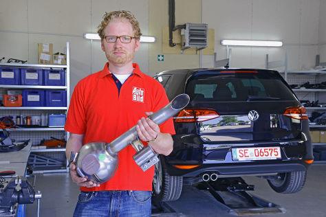 Tuning-Experte Lars Jakumeit mit V8-Sound-Generator
