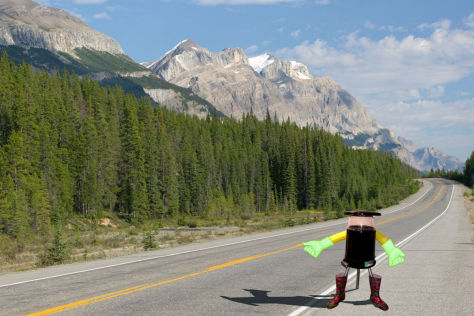 Fotomontage Hitchbot in den Rocky Mountains