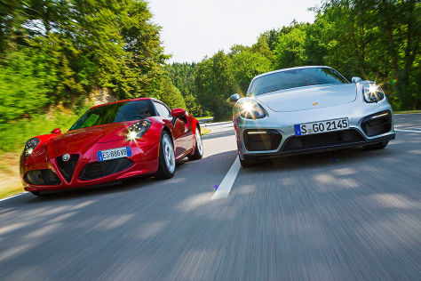 Alfa Rome 4 C Porsche Cayman GTS