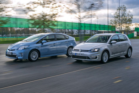 Toyota Prius Plug-in gegen VW Golf Plug-in