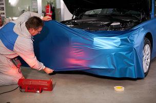 Auto folieren: Kosten und Technik