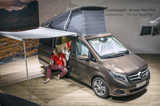 mercedes marco polo auf dem caravan salon 2014 schlafprobe. Black Bedroom Furniture Sets. Home Design Ideas