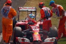 Alonso rollt vor Tifosi aus