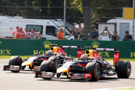 Nützt alles nichts: Trotz Kampf musste Sebastian Vettel Ricciardo ziehen lassen