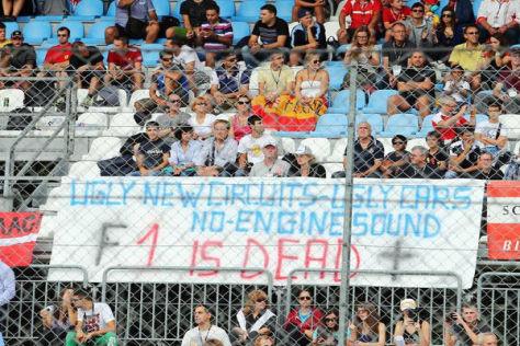 Fans in Monza wurden deutlich, als es um die Quaiiät der Königsklasse ging