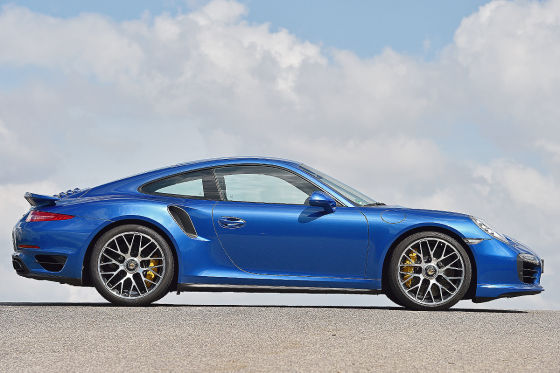 Porsche 911 Turbo S blau Seitenansicht