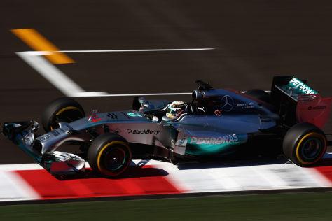 Lewis Hamilton beendete den ersten Tag in Sotschi als Schnellster