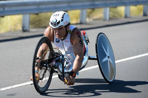 Zanardi meistert Ironman auf Hawaii