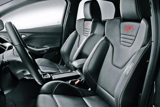Ford Focus ST Limousine (2014)
