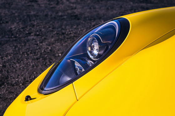 Porsche 911 C4 GTS Cabrio